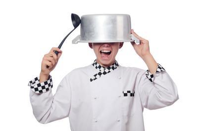 你知道廚房中的:寬油。明油。忘情水。過水過油是什麼意思嗎? - 每日頭條