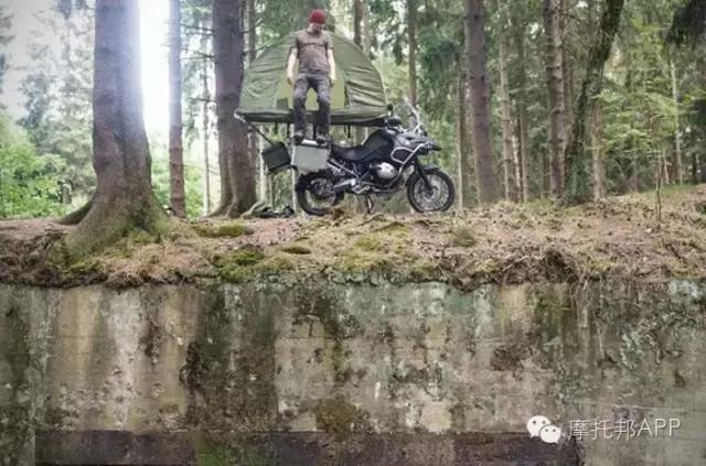 摩旅者福音!強大的摩托車車頂帳篷 - 每日頭條