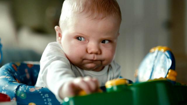 新生兒一天大便幾次才算正常? - 每日頭條
