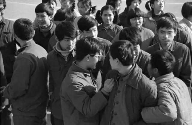 又到一年高考時 | 老照片中的八十年代中學生 - 每日頭條