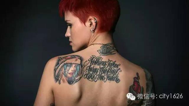 把女的掰彎,把男的掰直!Ruby Rose靠的還有紋身! - 每日頭條