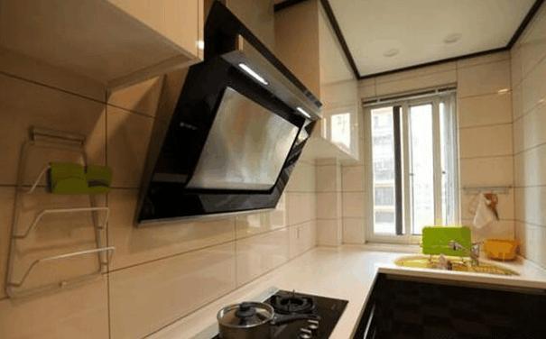 kitchen redo home designs 一眼就被朋友家的橱柜给吸引住了 真想把自家的砸了重做 每日头条 收纳问题 使厨房不在混乱 连做饭时的心情都能好点 今天去一兄弟家玩时 一眼就被他家厨房 的柜子给吸引住了 没想到橱柜还可以这样设计