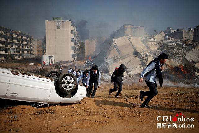 韓國舉行大規模地震演習 場景逼真如災難電影 - 每日頭條