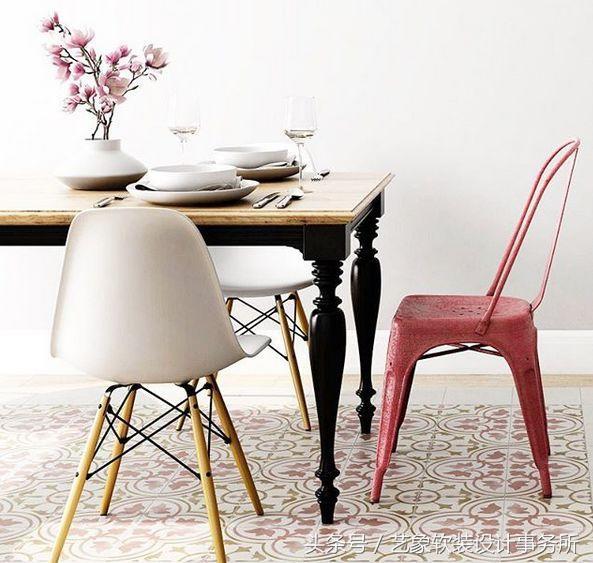 rooster kitchen rug cabinets door handles 地毯好处多 时尚又整洁 每日头条 厨房铺地毯 小编相信应该还没多少家庭这么做吧 其实啊 厨房里铺地毯一方面可以装饰枯燥的厨房 另一方面又能起到一定的防油污功能 日子久了地板也不会油腻腻