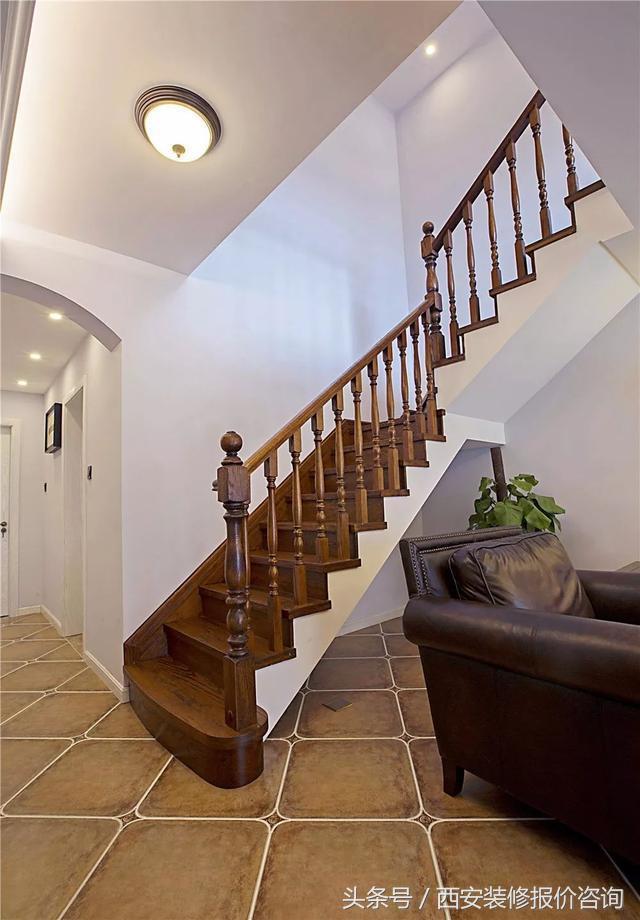買了複式房。樓梯怎麼裝高檔?自建房也看看喲 - 每日頭條