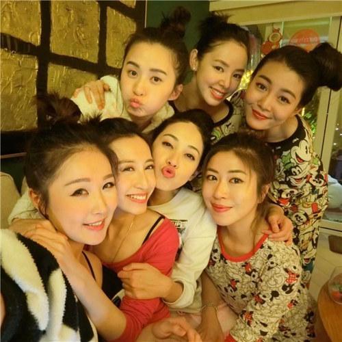 香港旅遊節目《胡說八道真情假期》受觀眾喜歡 「少婦聯盟」陣容很強大 - 每日頭條
