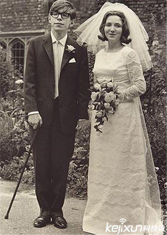 霍金不幸婚姻大披露 精心策劃的一個「陰謀」 - 每日頭條