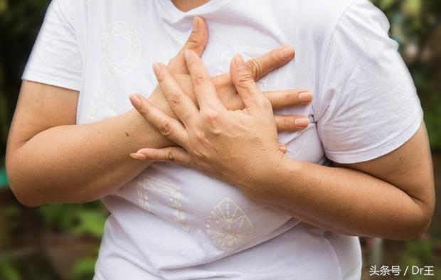 莫名咳嗽,手臂長出紅條紋?體內血塊6種危險徵兆千萬要注意! - 每日頭條