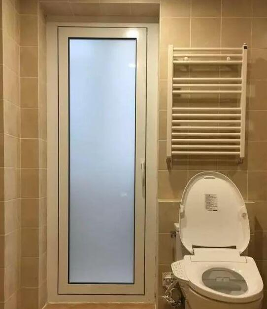 大家關心過廁所門的裝修嗎?我當初就忽略了還得重裝!費心又費錢 - 每日頭條