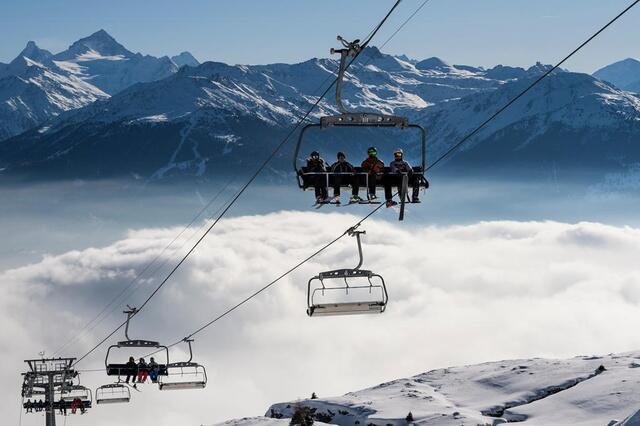 瑞士滑雪場2018年初業績驕人 - 每日頭條