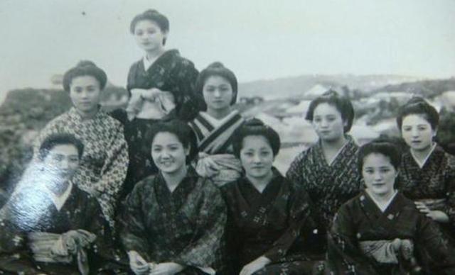 日本戰敗投降後人口銳減,日本政府說:誰生孩子有獎!辦法很卑劣 - 每日頭條