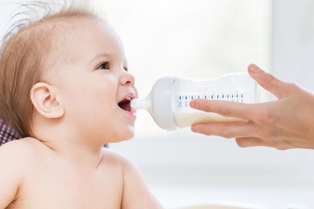 新生兒喝羊奶粉好還是牛奶粉好 - 每日頭條