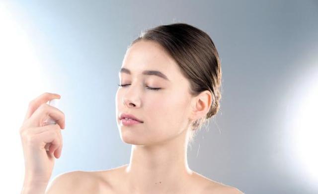 如何做到像俞飛鴻一樣美到不老?專家:洗去臉上自由基。延緩衰老 - 每日頭條