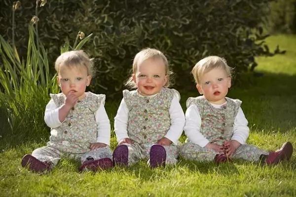 厲害了world姐,懷雙胞胎兩周後又意外受孕,孕上加孕生三胞胎! - 每日頭條
