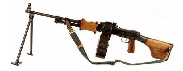 那些年美國大兵喜歡用的十大奇特武器,有一款叫中國湖榴彈槍! - 每日頭條