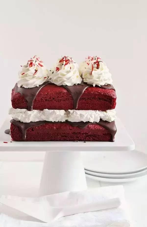 甜蜜的毒藥。Red Velvet 紅絲絨蛋糕配方大揭秘! - 每日頭條