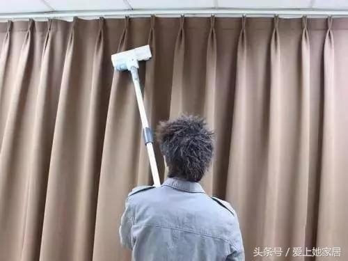 窗簾髒了學會這幾招,窗簾不用拆也能洗,還省力 - 每日頭條