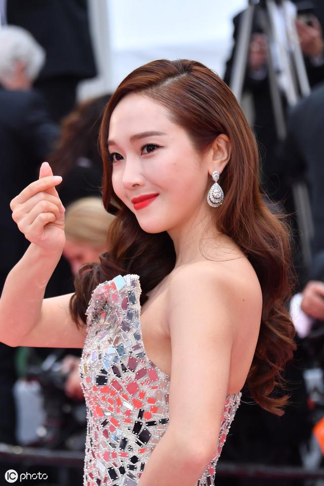 鄭秀妍被中國經紀公司起訴 少女時代過氣花旦背上20億天價債務 - 每日頭條