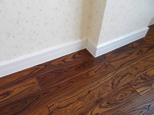 你家的踢腳線選對材料了嗎?踢腳線這樣裝好看又實用 - 每日頭條