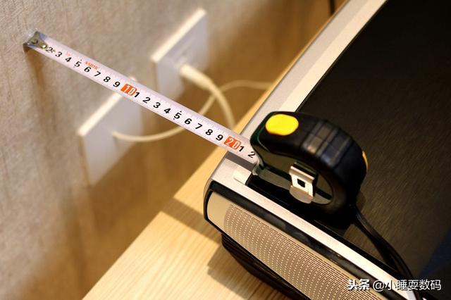 堅果U1 4K雷射電視評測,看完都不想再買液晶電視和微投了 - 每日頭條
