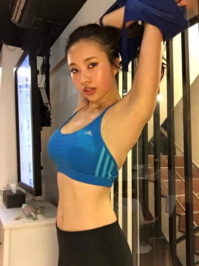 女神蔡昀潔健身練出極致翹臀 蔡昀潔個人資料微博三圍多少 - 每日頭條