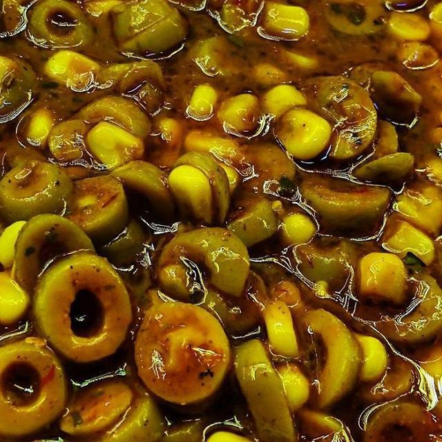土耳其人的早餐可謂「千家一律」:味道詭異的醃橄欖是必備的小菜 - 每日頭條