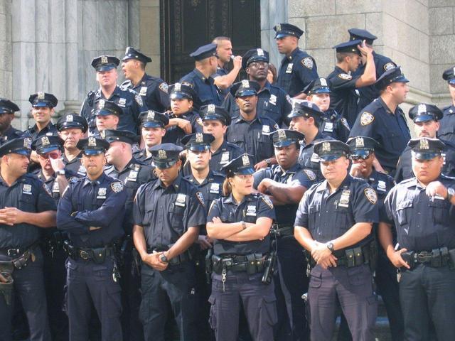 教你看懂美劇——美國超複雜的警察制度(上)州縣市警察 - 每日頭條