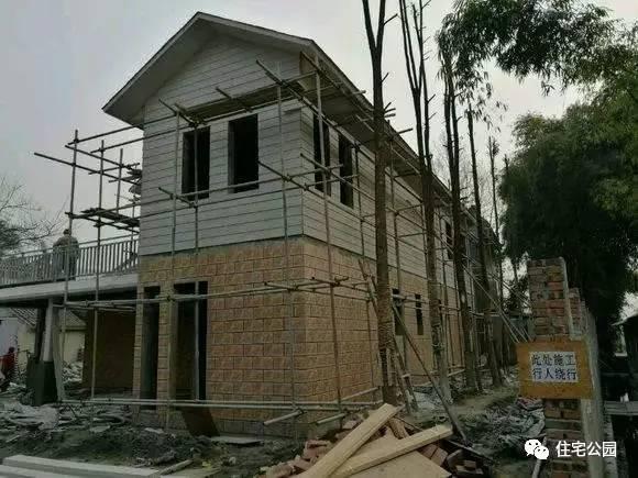 成都農村建輕鋼別墅。方鋼1000每平。你還要建落後的紅磚房? - 每日頭條