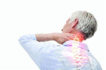 頸椎疼痛怎麼辦?如何緩解?家裡有老人的。快告訴他吧! - 每日頭條