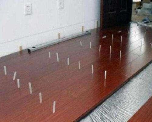 裝修是先貼牆紙還是先鋪地板?搞清楚先後順序不然會很麻煩 - 每日頭條