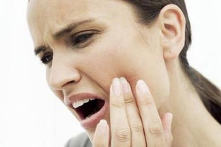 晨起嘴巴發苦是怎麼回事?嘴巴發苦調理方法 - 每日頭條