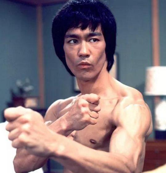 誰說中華武術沒有實戰!看看世界拳王怎麼評價功夫之王李小龍 - 每日頭條