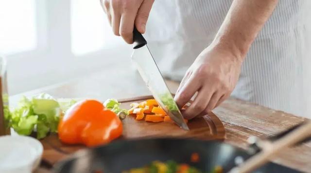 清淡飲食不等於吃素!健康的吃法有 2 個要點 - 每日頭條