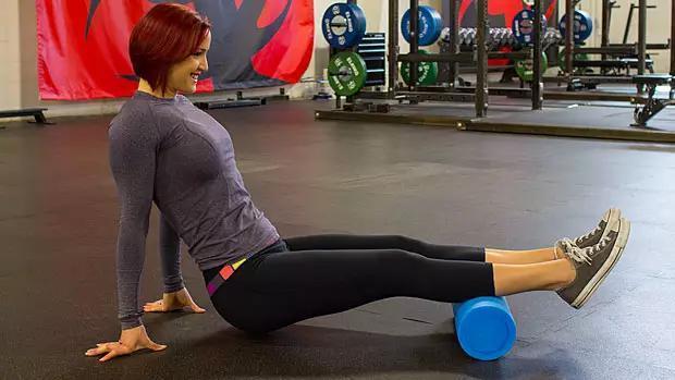 自己來個大保健——15個泡沫軸使用方法,自我肌筋膜放鬆! - 每日頭條