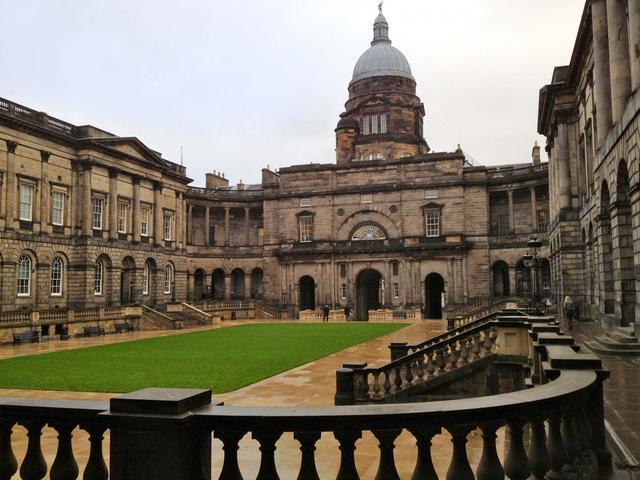 愛丁堡大學王牌專業有哪些?申請條件是什麼?(PeerHelper) - 每日頭條