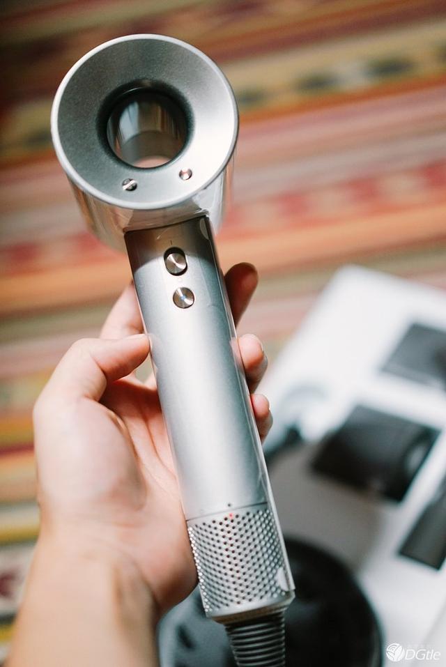 戴森吹風機Dyson Supersonic HD01開箱 - 每日頭條