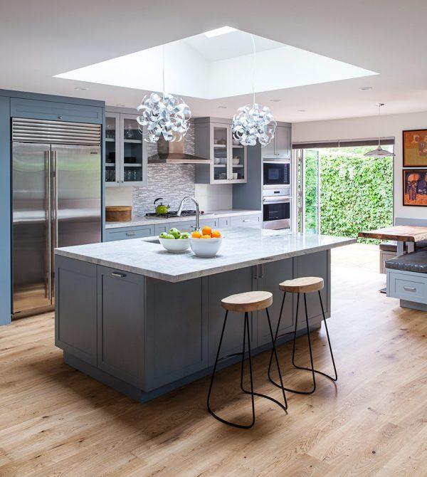 modern kitchen stools high table sets 40款迷人的厨房装饰案例酒吧凳等任何类型的装饰运用 每日头条 ikea dalfred bar凳 这种凳子的简单设计使其成为现代室内设计的一个可爱的选择 但它的形式产生足够的兴趣 在家里或办公室创建一个焦点 经典的螺旋顶设计甚至可以