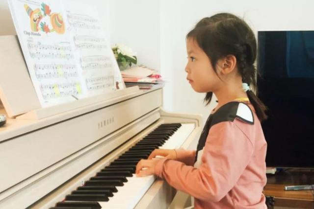 6歲英國琴童媽媽的思考:孩子學鋼琴是為了什麼? - 每日頭條