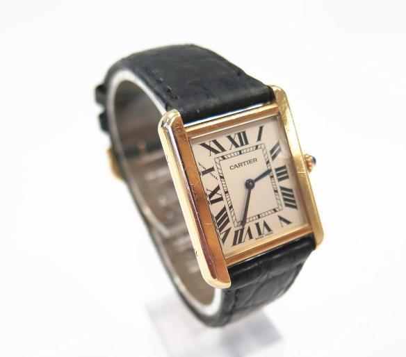 石英手錶更換電池注意幾點——卡地亞手錶電池壽命2-3年 - 每日頭條