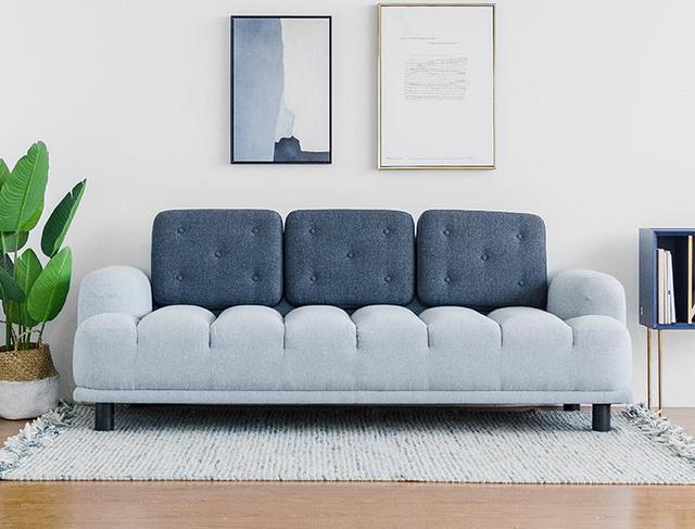 沙發別選L型。太土。這6款三人沙發讓你家美出新高度。關鍵還便宜 - 每日頭條