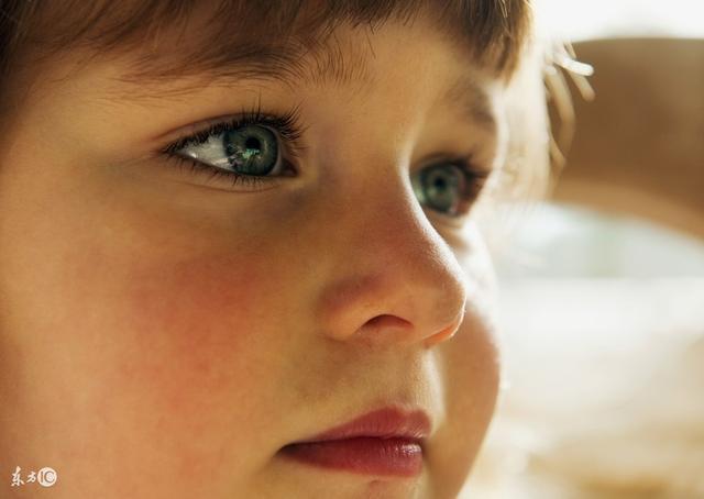 眼睛模糊,國醫大師教你一招輕鬆恢復視力 - 每日頭條