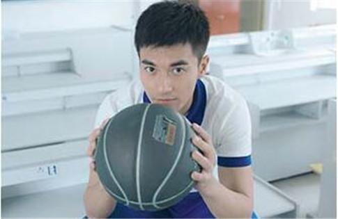 鄭凱籃球小子寫真 你知道打籃球的好處嗎 - 每日頭條