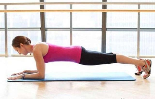 維持 6 分鐘超燃脂平板核心肌群運動只要 28 天可養成 - 每日頭條