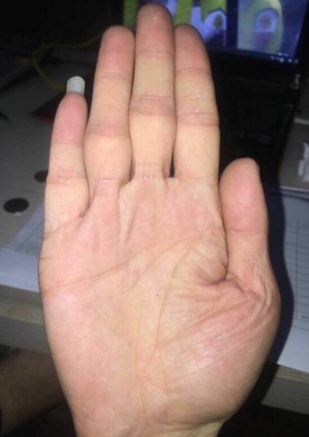 感情波折多的手相 - 每日頭條