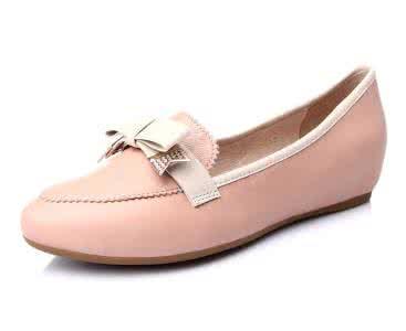 羊皮鞋這麼美。怎樣保護好羊皮鞋細膩的皮質? - 每日頭條