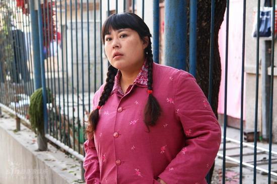 以胖出名的李菁菁。二婚就嫁了小15歲的老公。現在準備三婚了 - 每日頭條