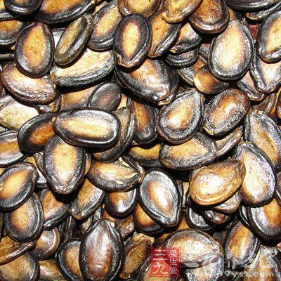 黑瓜子的營養價值 常吃黑瓜子有哪些好處 - 每日頭條