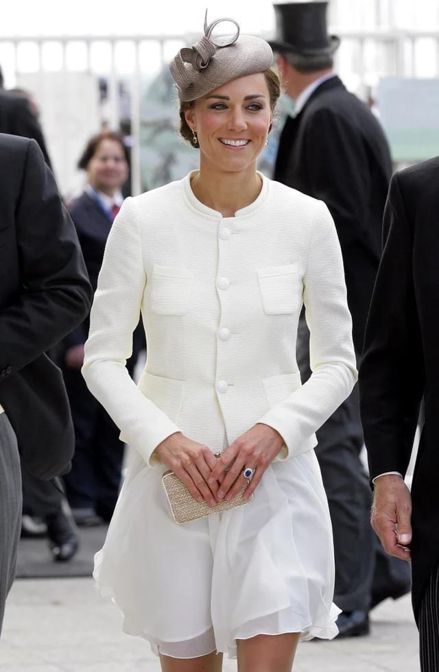 凱特王妃的包包多到數不清 有些親民款你也買得起 - 每日頭條