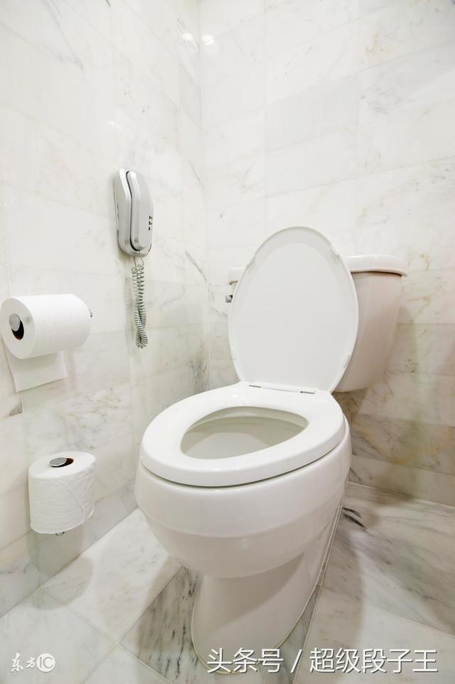 衛生間連續兩年冒臭氣。把馬桶拆開才發現是這個問題! - 每日頭條