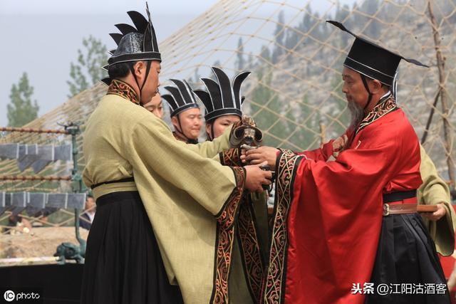中國圍棋的來歷和演變。不僅僅是一盤遊戲 - 每日頭條